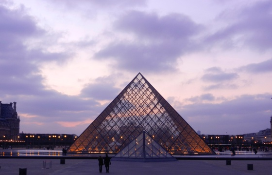 glass pyramid, Louvre