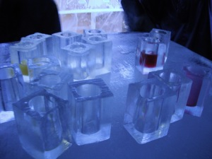 Ice cups