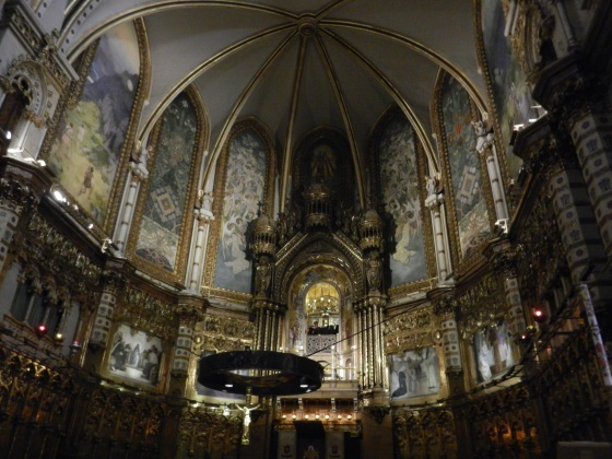 Interior, montserrat Basilica