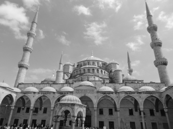 Courtyard view of Blue Mosque