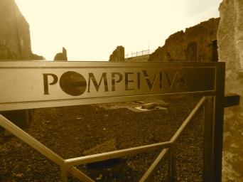 Pompeii gate