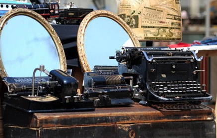 The hot item for 2013? Old typewriters
