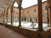 Inner courtyard in Ravenna church