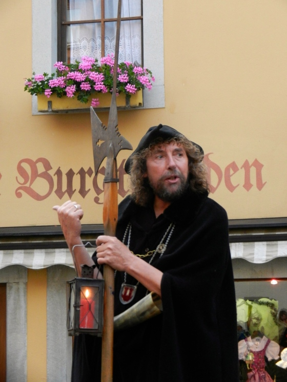 Rothenberg Night Watchman entertains crowds every evening
