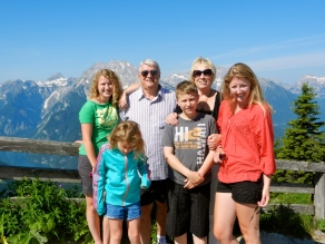 Grandma and Grandpa Rietkerk with the kids on top of the world