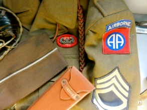 82nd Airborne personal items