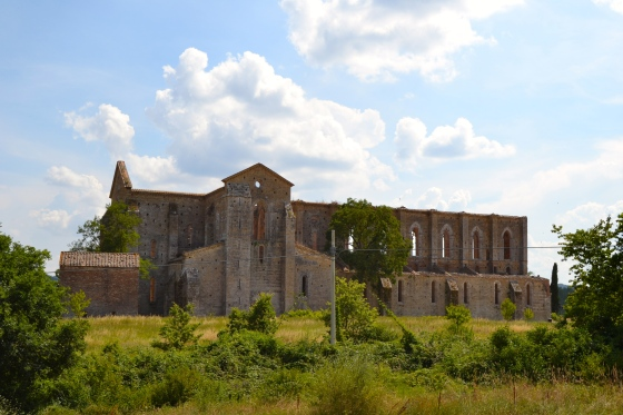 The San Galgano abbey from the fields