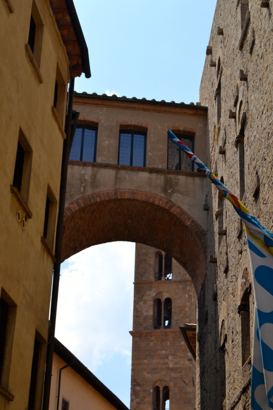 These lofty passageways remind me of the privileged Medici family of Florence