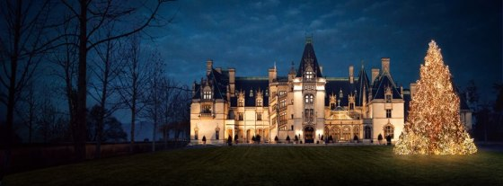 A great shot from the internet of Biltmore Estate at night