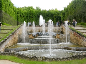 Spectacular fountain at Versailles