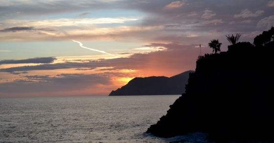 Cinque_Terre_sunset