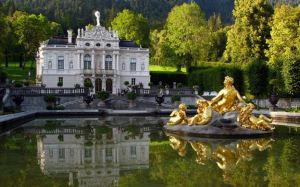 Linderhof Palace is simply stunning