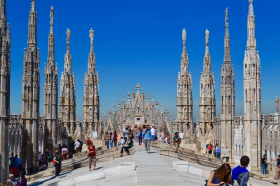 Milan's famous cathedral rooftop open for the viewing