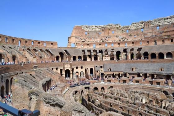 Coliseum_Interior-Rietkerks