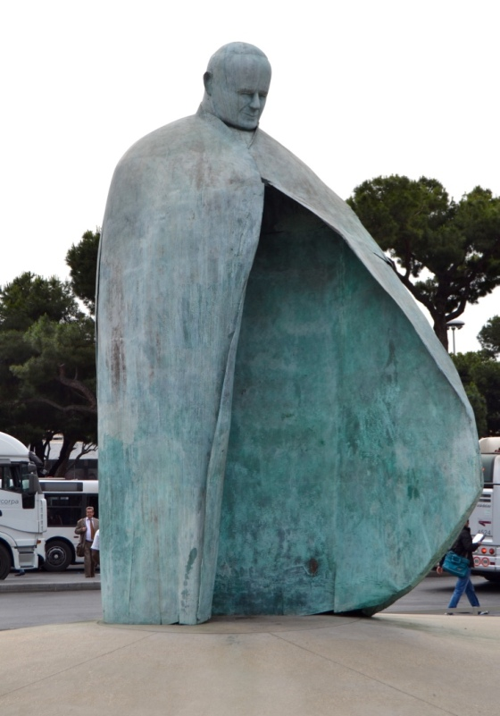 Fabulous large sculpture of Pope John Paul II outside the Rome Termini Station